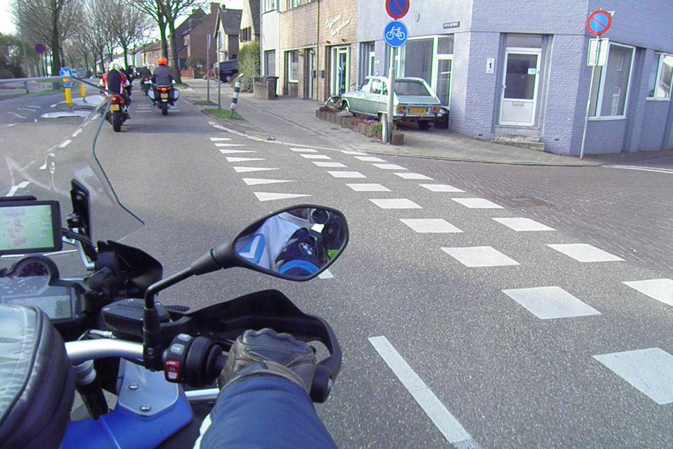 Motorrijbewijspoint Maastricht theorie cursus online